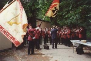 letzter Auftritt der Uniform 1974 im Jahr 1993